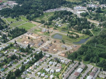 Courtenay - aerial of veterans memorial parkway