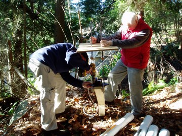 Gerald lohmann and david carter assembling tree canopy station, jan 2007